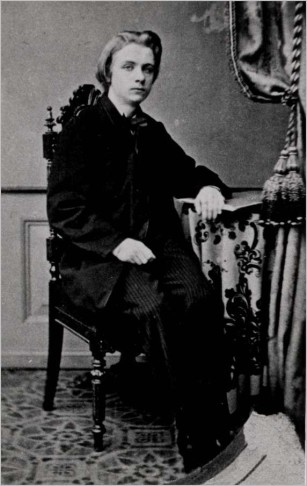 The young Edvard Grieg, in 1858. Photographed by Selmer.
