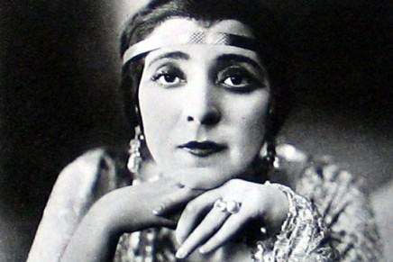 "Fritzi Massary Sings ""Csardasfürstin"" & ""Faschingsfee"" In 1916/18"
