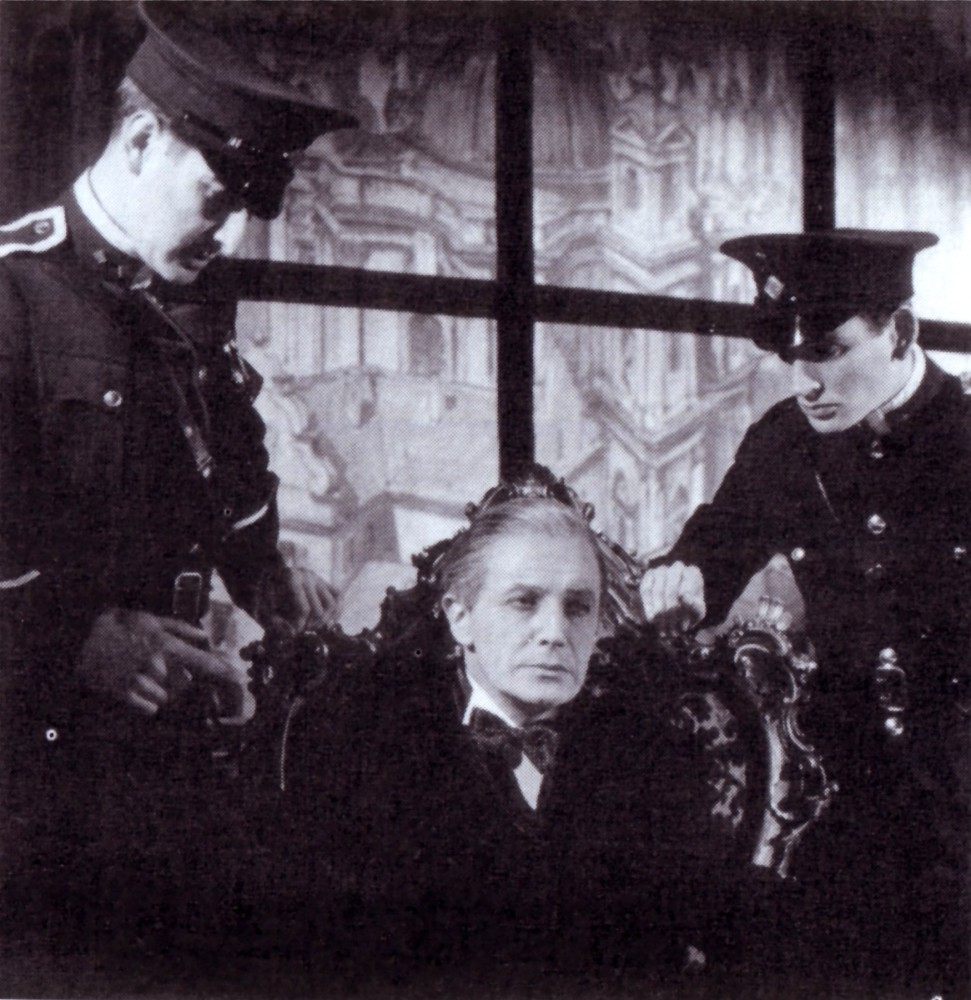 Ivor Novello as Rudi Kleber, being arrested by the Nazis. Scene from the original London production.