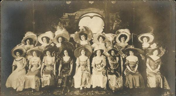 The Maxim Girls in Henry Savage's New York production.