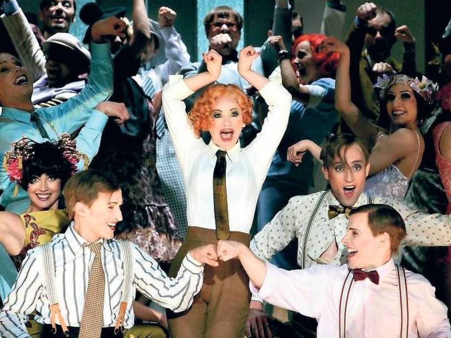 "Katharine Mehrling in the Komische Oper Berlin staging of ""Ball im Savoy"" 2013. (Photo: Komische Oper Berlin)"