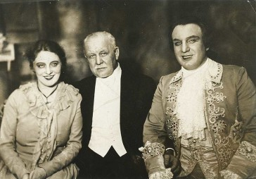 Franz Lehár with his two original stars, Käthe Dorsch and Richard Tauber.