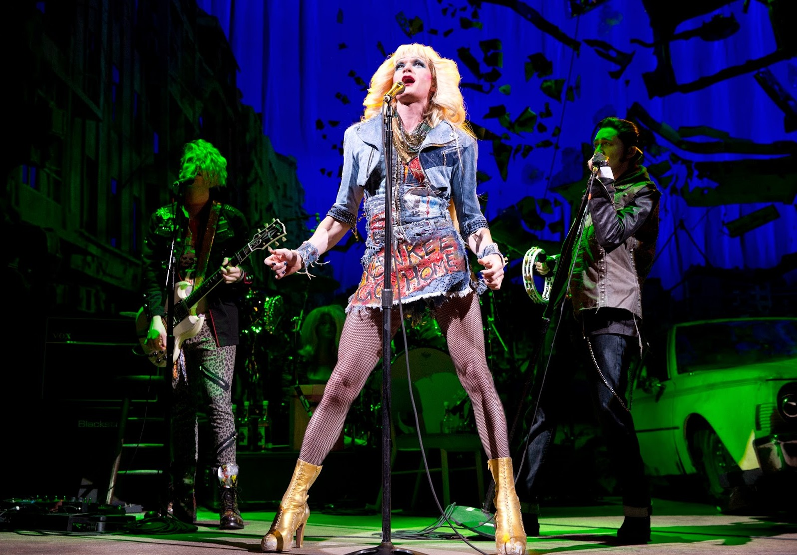 Neil Patrick Harris as Hedwig, in the 2014 Broadway production at the Belasco Theater. (Photo: Joan Marcus/PR)