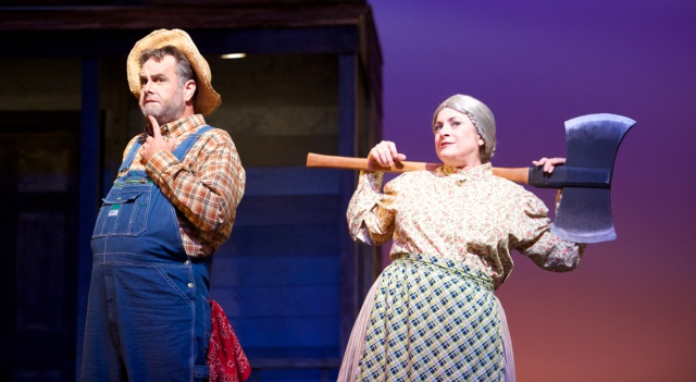 Daniel Neer as Wilhelm Dingelbender and his wife Maria, played to perfection in broad vaudeville style by Julie Wright Costa. (Photo: Matt Dilyard/OLO)