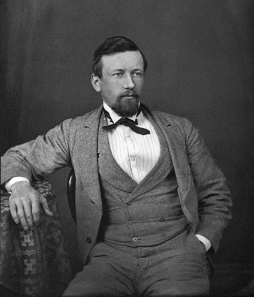 William B. Gill in an official portrait taken during his Austrlian years. (Photo: Kurt Gänzl Archive)
