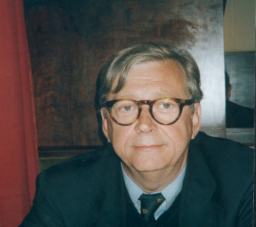 "Hans Veigl, the second author of the book ""Galgenhumor."""