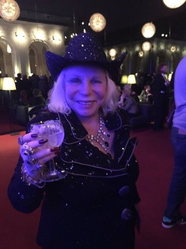 "Yvonne Kalman, daughter of Emmerich, very happy after the smashing ""Arizona Lady"" performance in Berlin. (Photo: Private)"
