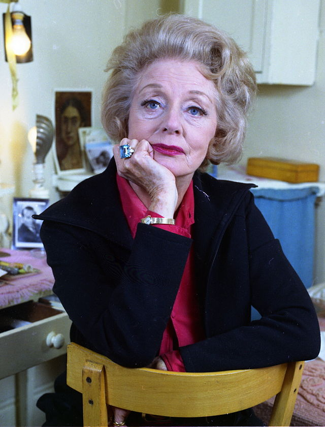 Evelyn Laye, later in her career, photographed by Allan Warren (Photo: Wikipedia)