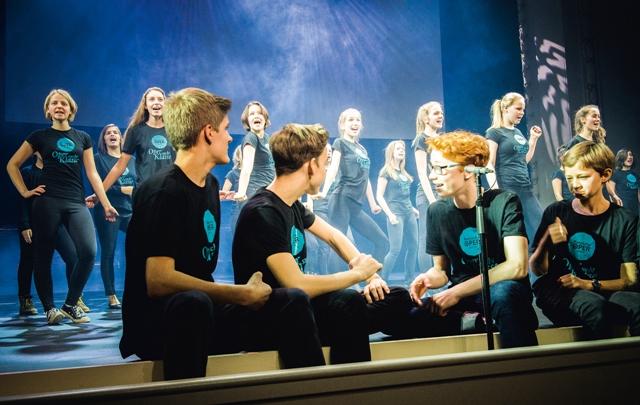 "During the actual casting show ""Oper sucht Klasse"" at the Komische Oper, 2015. (Photo: Jan Windszus)"