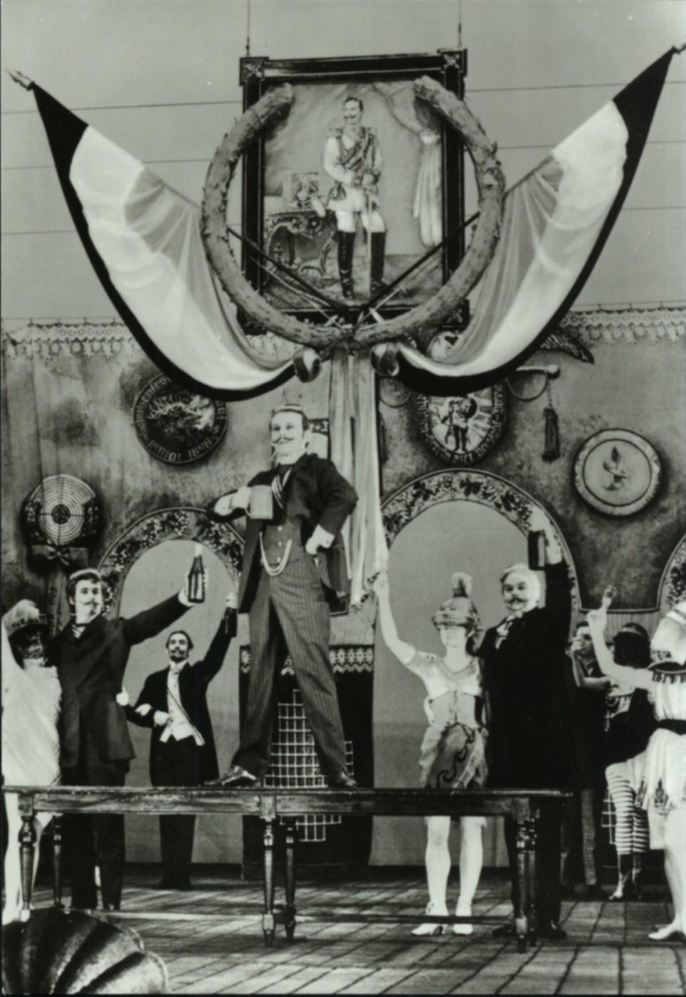 """The DDR operetta """"Bretter, die die Welt bedeuten,"""" 1969."""