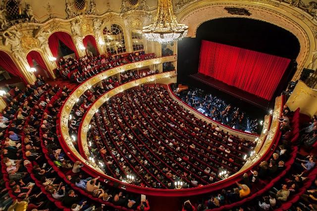 The auditorium of the Komische Oper Berlin. (Photo: Gunnar Geller/Komische Oper)