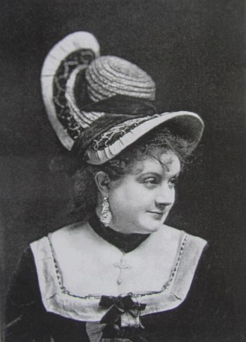 "The French actress Marie Desclauzas performed in the 1867 New York production on ""Genevieve de Brabant."" (Photo: Kurt Gänzl Archive)"