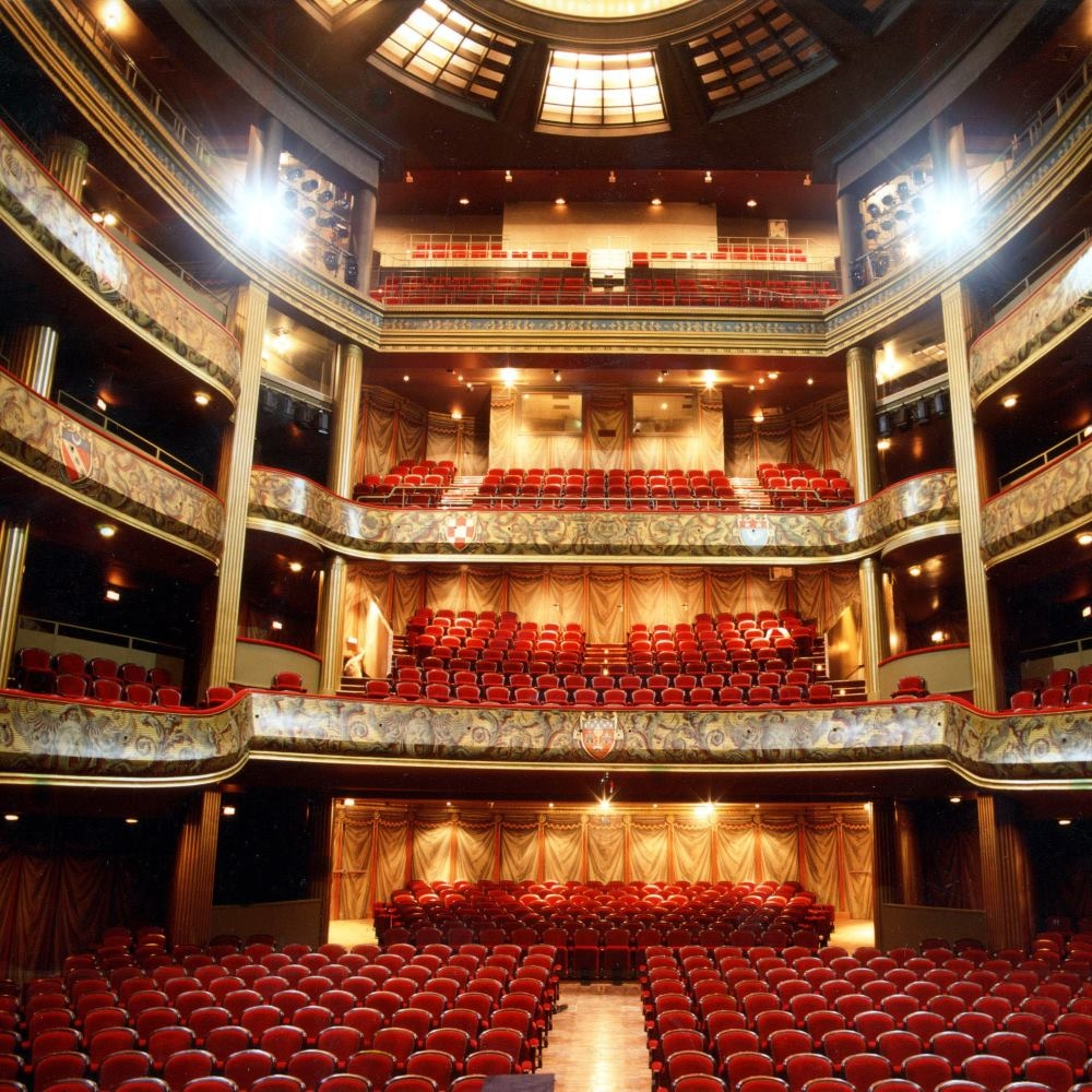 The inside of the theater where the festival d'Opérette de la Ville de Nice is held. (Photo: PR)