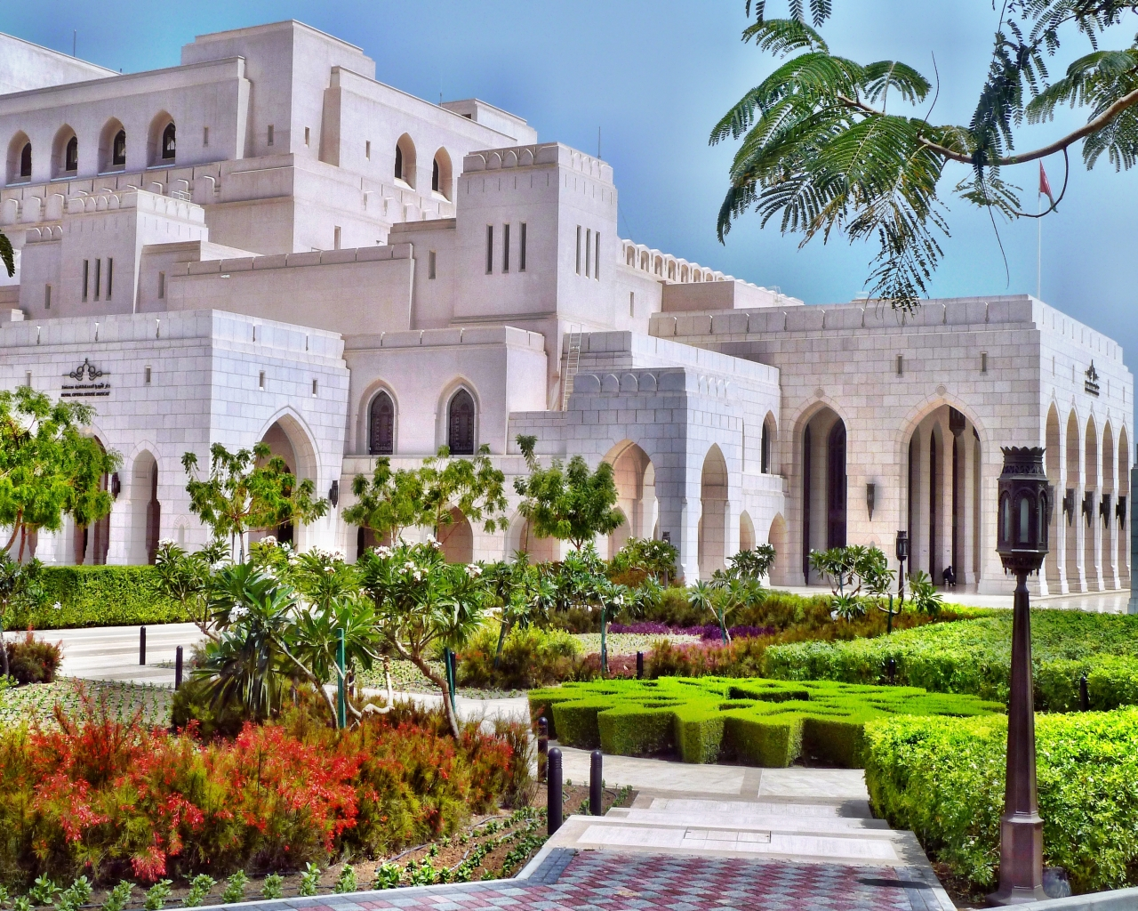 The opera house in Muscat. (Photo: Disvovery Reisen)