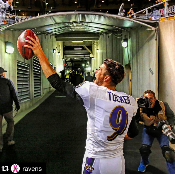 Justin Tucker cheered by fans. (Photo: Instgram/@jtuck9)