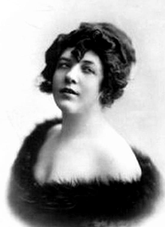 Famed Hungarian diva Sári Fedák (1879-1955).