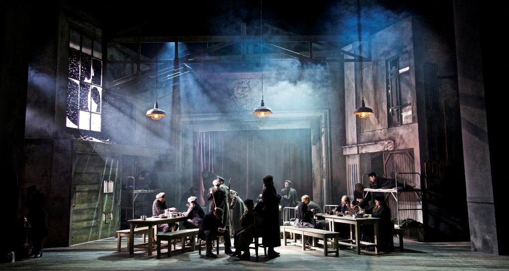 "The Siberian prison camp where this 2016 ""Viktoria und ihr Husar"" is set in the Gärtnerplatz Theater production. (Photo: Christian POGO Zach)"