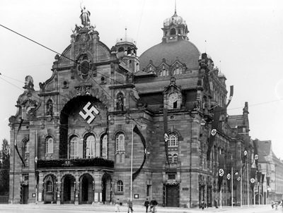 The opera house in Nuremberg, 1935.