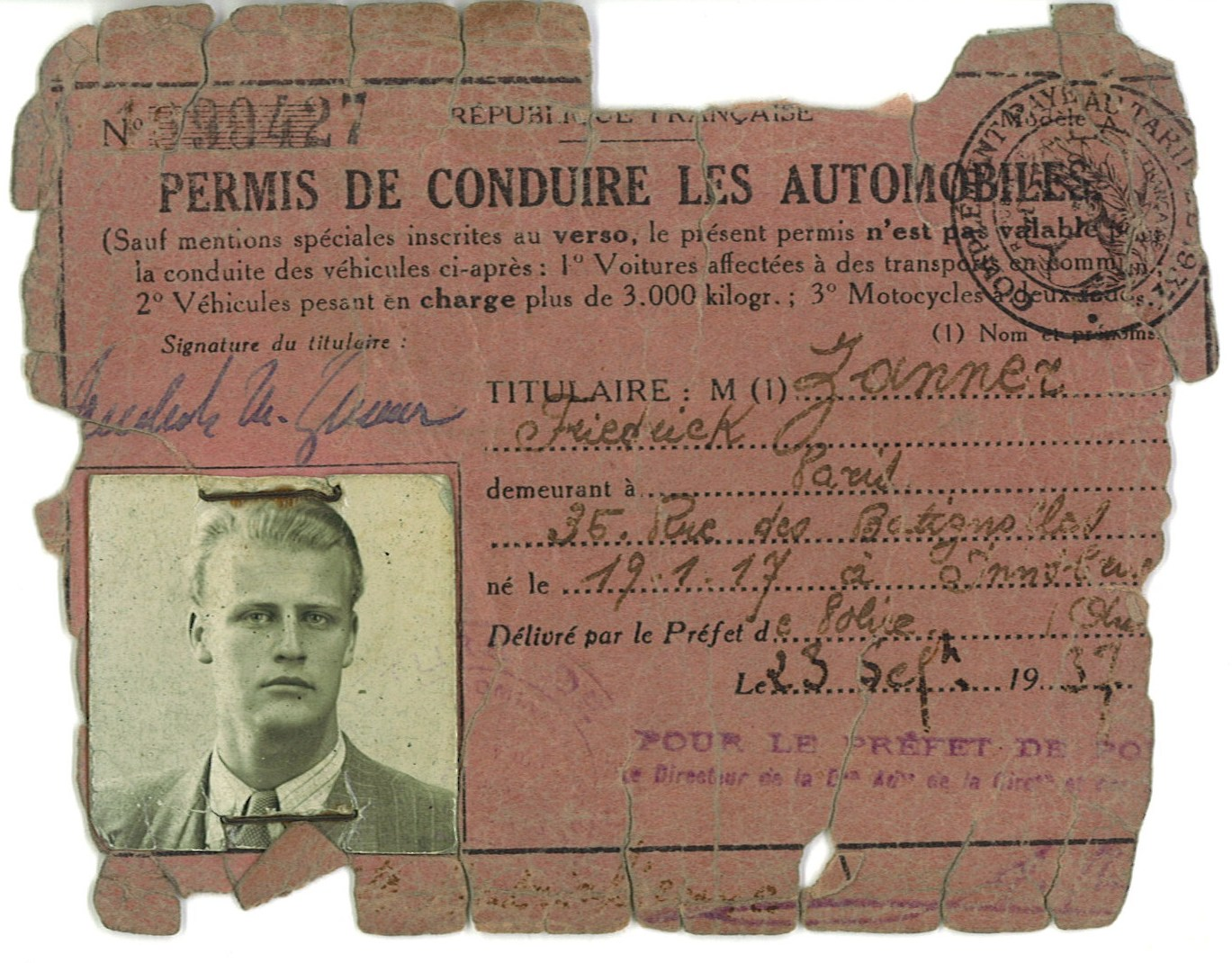 Copy of Friedrich Zanner's driver's license, on display at the Charell exhibition in Neustrelitz.