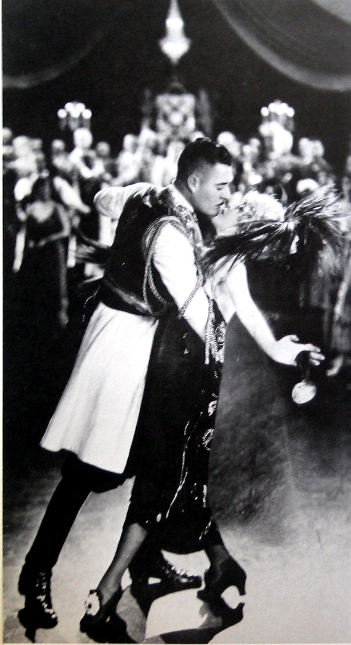 "The seductive tango of John Gilbert and Mae Murray, one of the most striking scenes from ""The Merry Widow"" movie 1925. (Photo: Archive Operetta Research Center)"