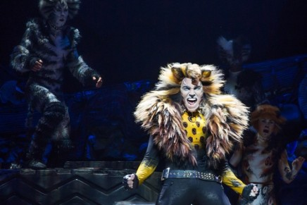 "Second-Rate ""American Idol"" Superficiality: ""Cats"" Returns To Broadway"