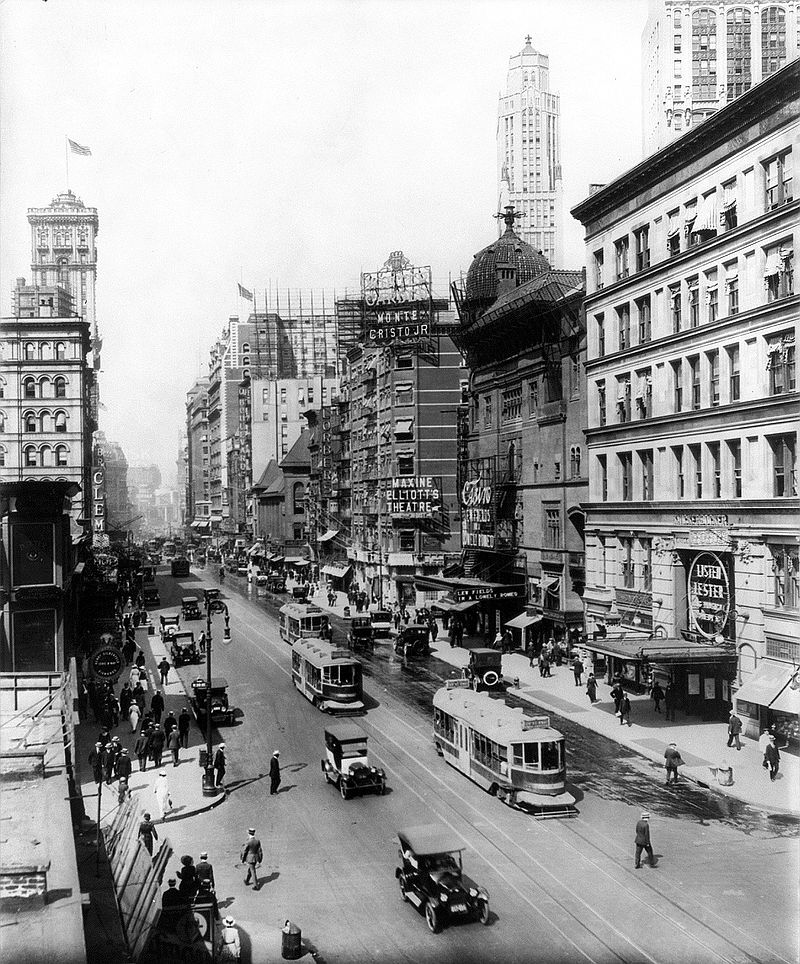 Broadway north from 38th St., showing the Casino and Knickerbocker Theatres. The old Metropolitan Opera House and the old Times Tower are visible on the left.