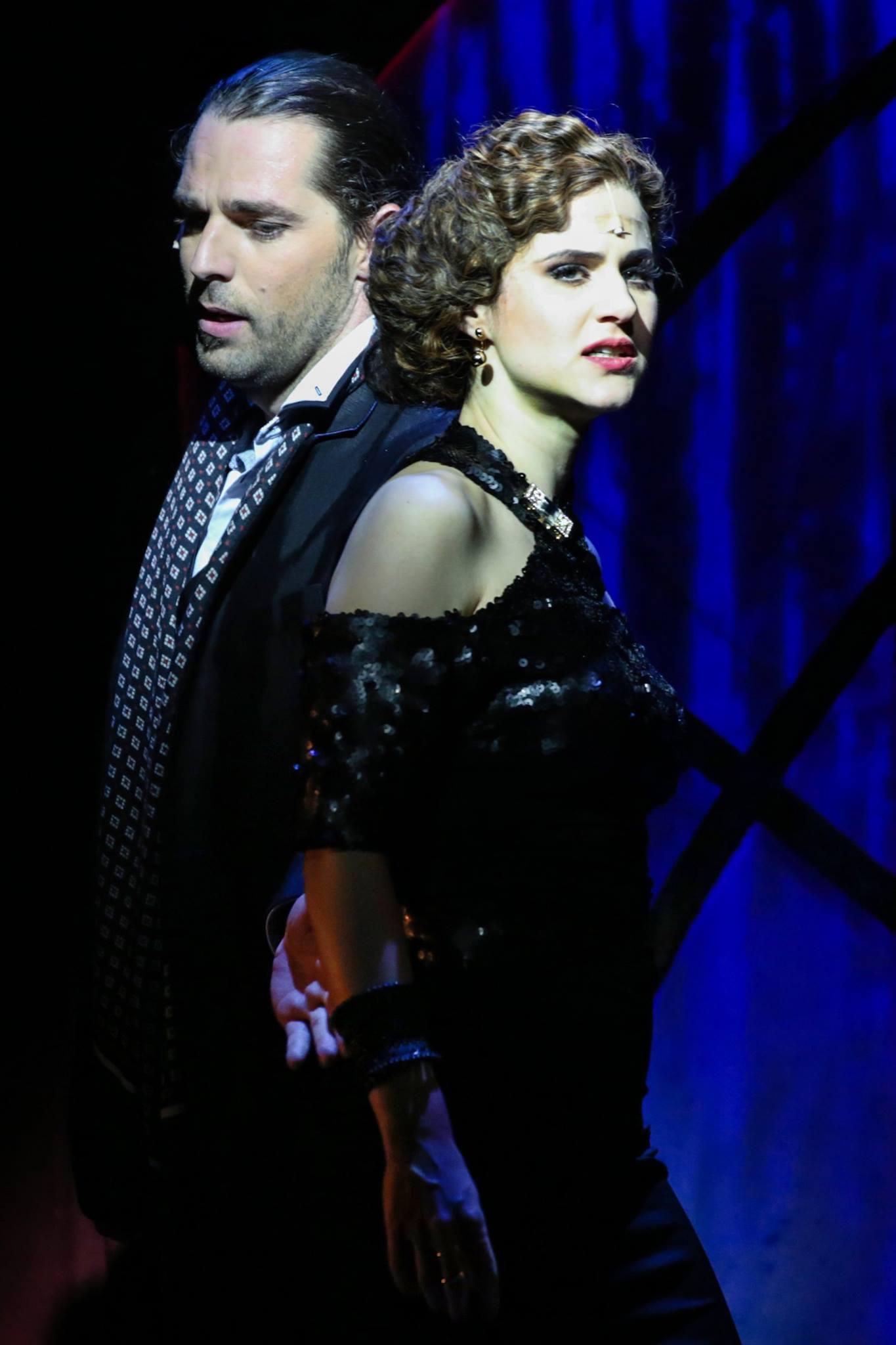 """György-Rózsa Sándor and Lévai Enikő in """"Riviera Girl."""" (Photó: Gordon Eszter/Budapesti Operettszínház)"""