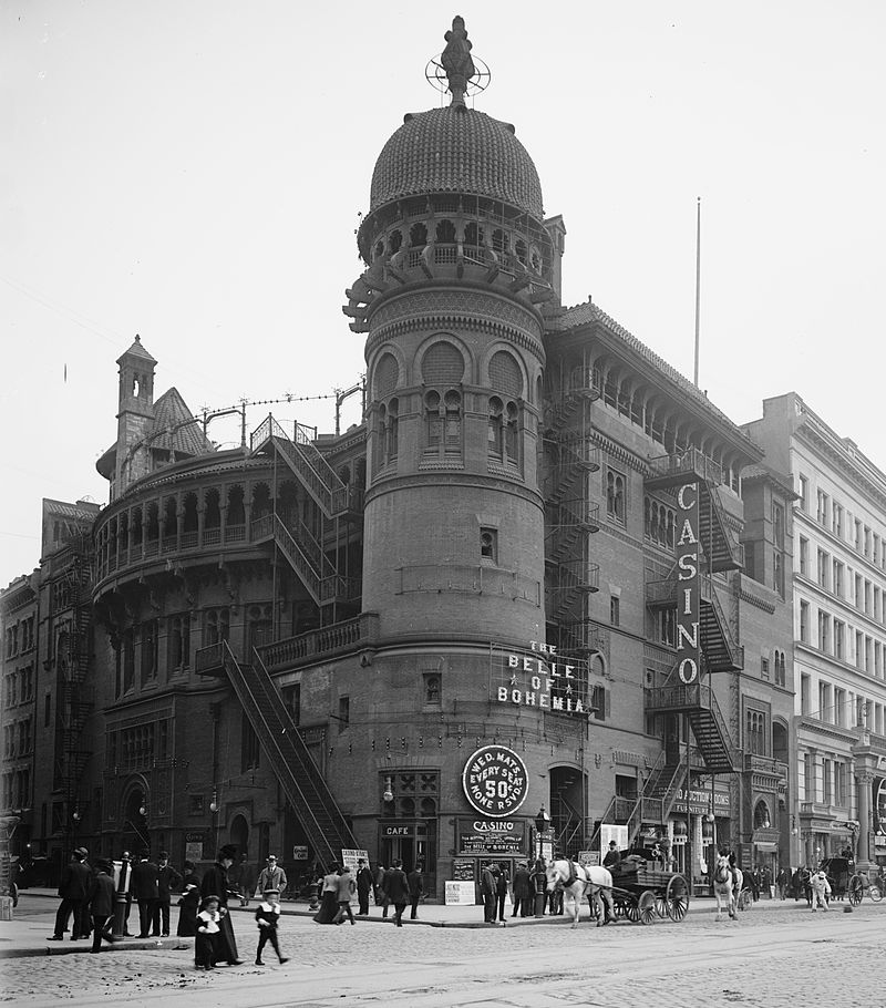 The Casino Theatre in New York, around 1900.