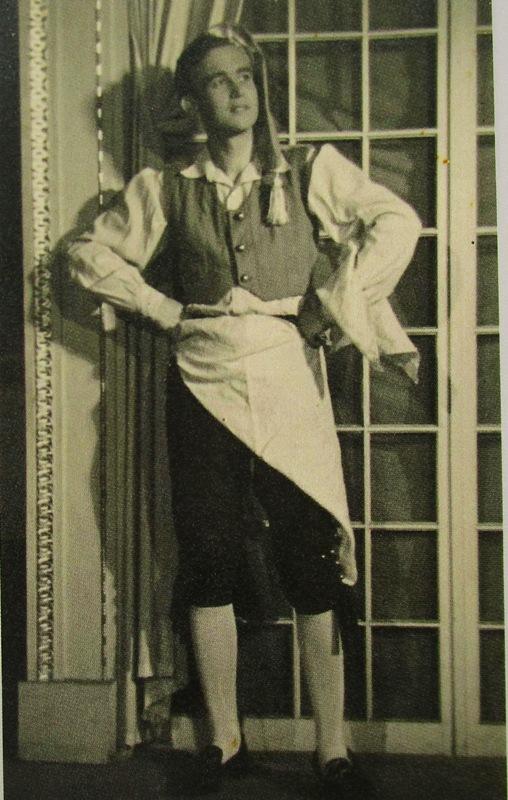 "Peter Minich as a chorus boy at the Burgtheater. (Photo from the catalogue ""Peter Minich. Ein Leben für die Musik."" Stadtmuseum St. Pölten 2017)"