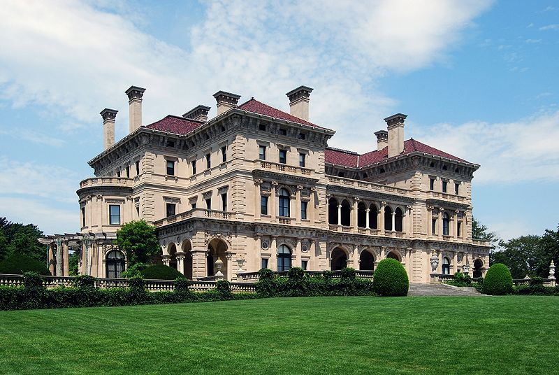 The Breakers, the summer home of Cornelius Vanderbilt II, located in Newport, Rhode Island. It was built in 1893. (Photo: CC-BY-SA-3.0/Matt H. Wade at Wikipedia)