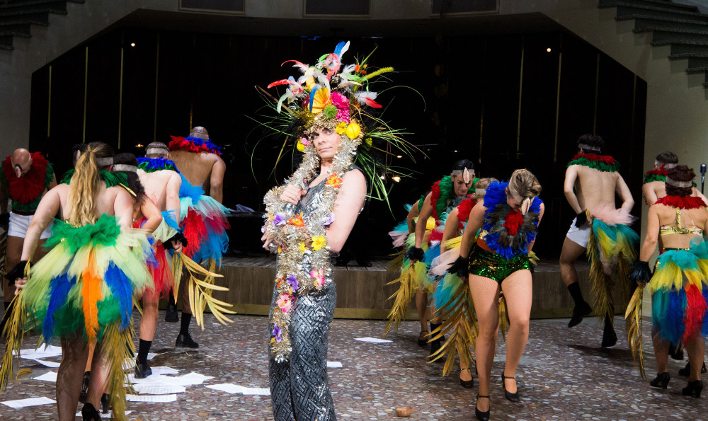 "The ""Blume von Hawaii"" at the Theater Basel, 2017. (Photo: Sandra Then)"