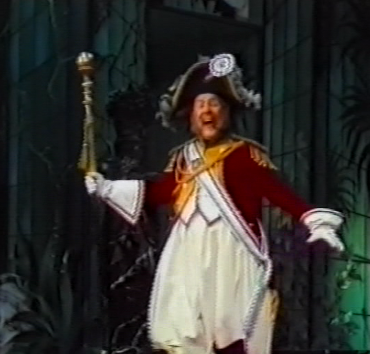"Joachim Arndt as Romboidal in ""Insel Tulipatan,"" 1982. (Screenshot)"
