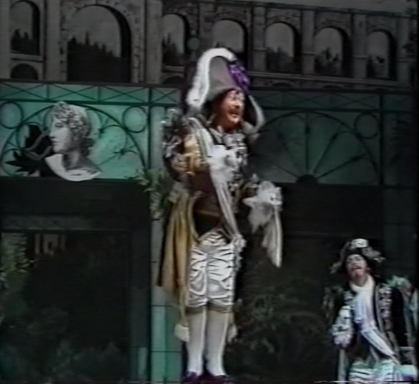 "Günter Kurth as Cacatois in ""Tulipatan,"" lamenting the fake news about himself as ruler of Tulipatan. (Screenshot)"