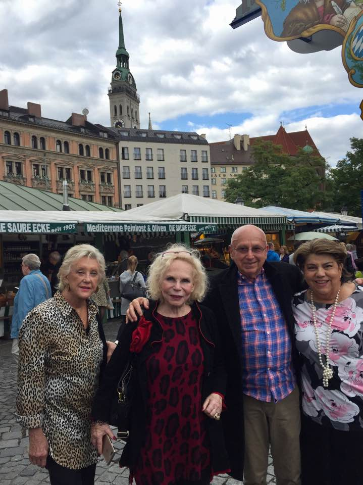 Jim Smith (middle) on tour in Europe with Yvonne Kalman (2nd from left) in 2017. (Photo: Private)