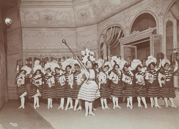 "Edna May and trumpeters in ""Belle of New York."" (Photo: Collection Dario Salvi)"