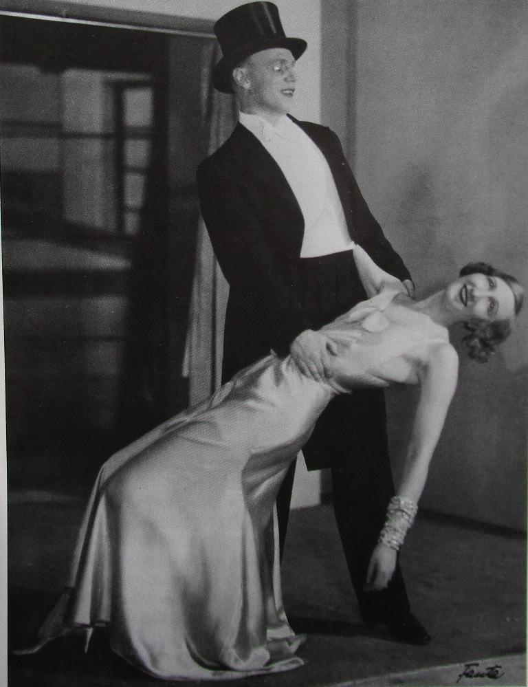 """Gustaf Gründgens and Margo Lion in """"Alles Schwindel"""" 1931. (Photo from Viktor Rotthaler, """"Marcellus Schiffer: Heute nacht oder nie,"""" Weidle Verlag 2001."""