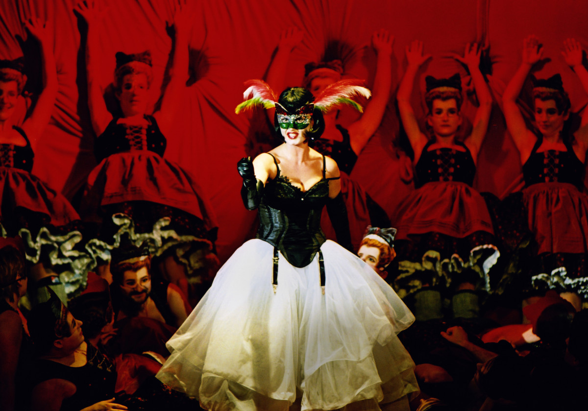 "Camilla Nylund as Rosalinde during the original run of ""Die Fledermaus"" at Semperoper Dresden, 2003. (Photo: Matthias Creutziger)"