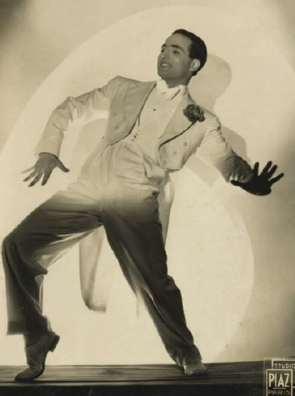 "Alberto Spadolini as a ""jazz"" dancer, Studio Piaz in Paris, 1930s. (Photo: Atelier Alberto Spadolini)"