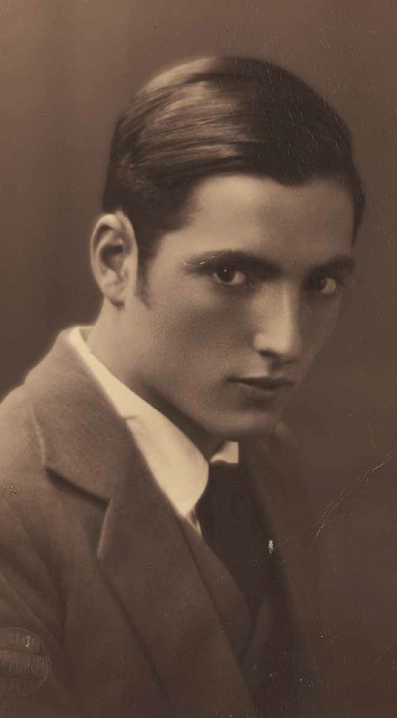 The young Alberto Spadolini, with his clothes still on. (Photo: Atelier Alberto Spadolini)