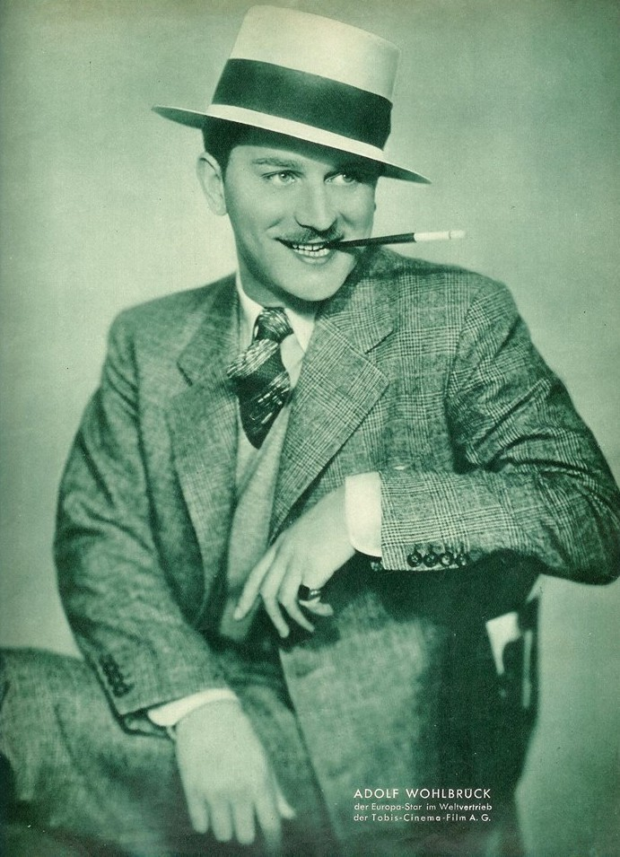 A typical promotion photo of Adolf Wohlbrück by Tobis-Cinema-Film AG from the early 1930s.