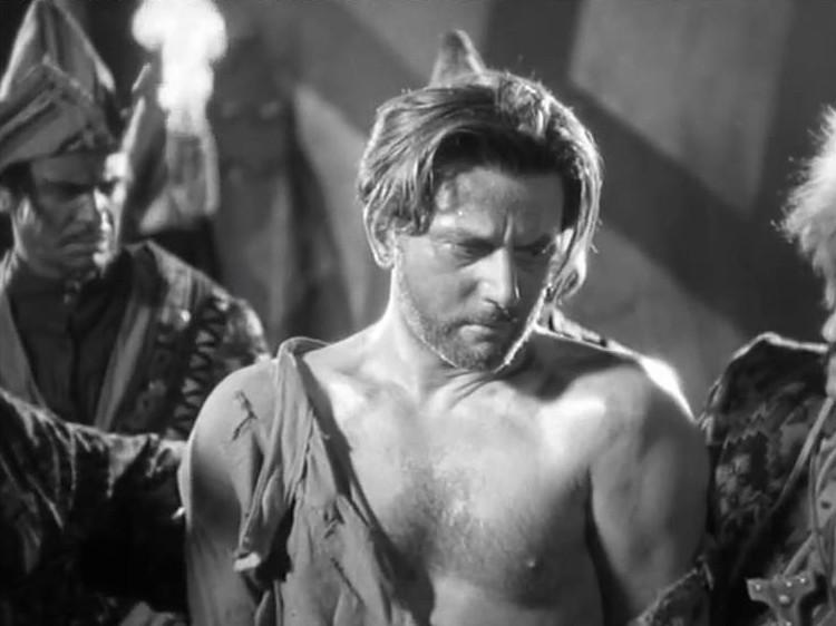 """Anton Wohlbrück, topless, in """"Der Kurier des Zaren,"""" an adaptation of Michael Strogoff."""