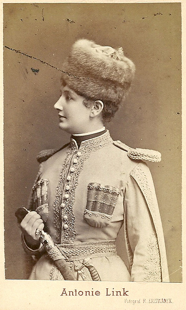 "Antonie Link as Wladimir Dimitrowitsch Samoiloff, (Lieutenant of a Circassian Cavalry Regiment) in Suppé's ""Fatinitza."" It's a role she created in 1876."