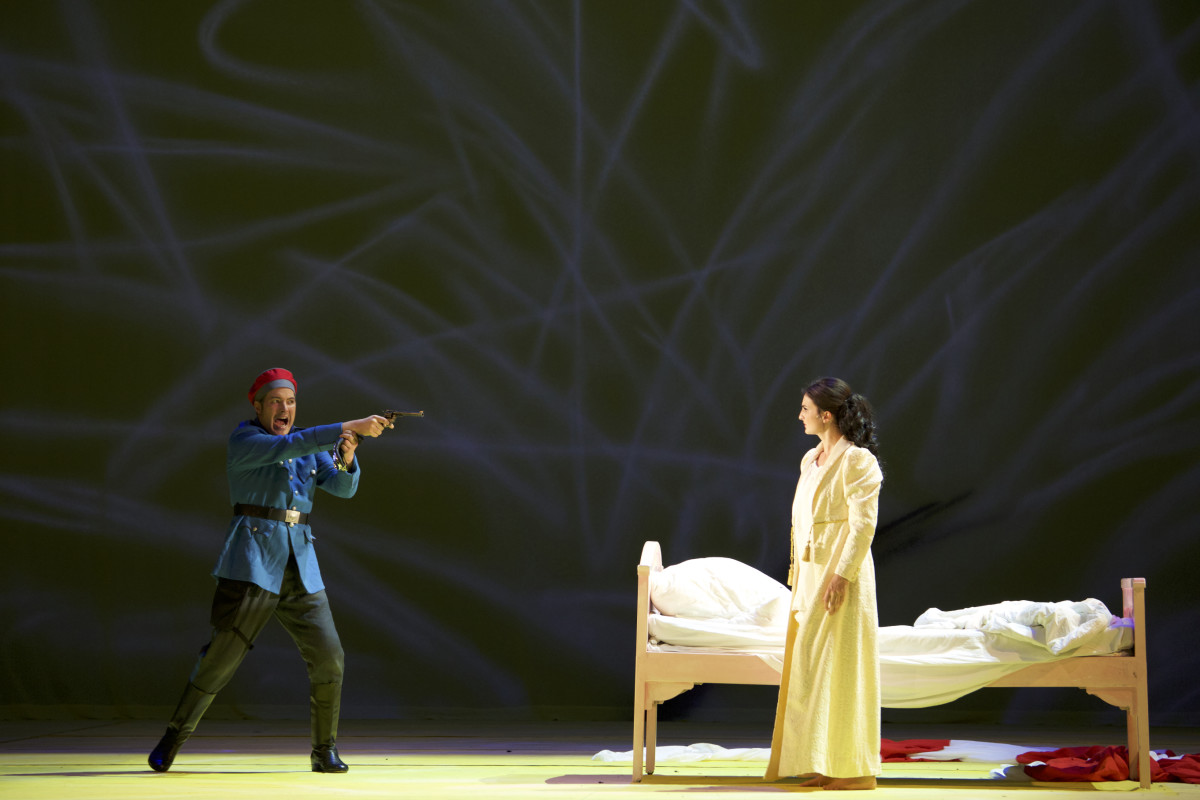 "Sophie Mitterhuber (Nadina), Daniel Prohaska (Bumerli) in ""Der tapfere Soldat"" in Munich. (Photo: Christian POGO Zach)"