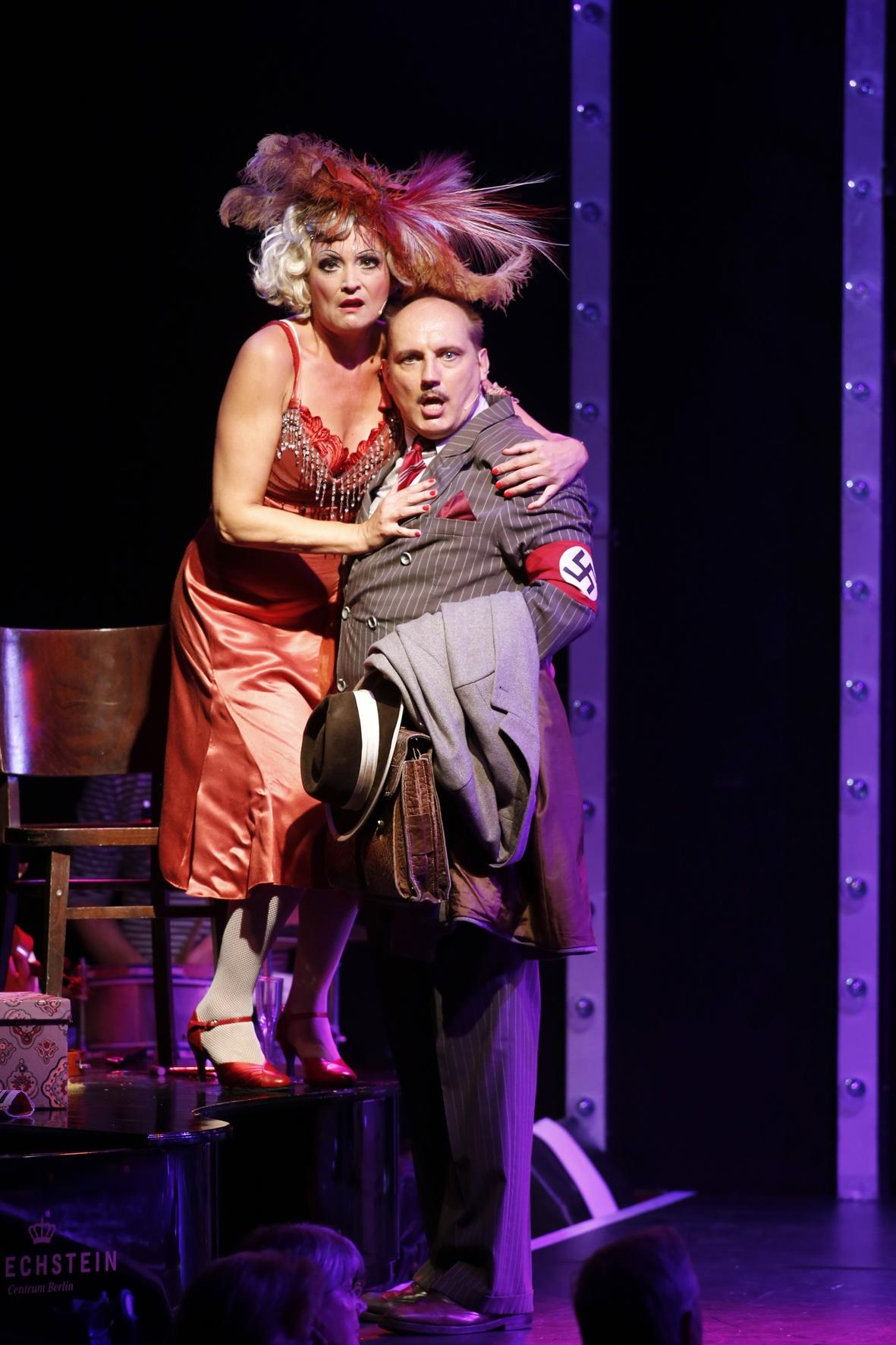 "Jacqueline Macaulay (Frl. Kost) and Romanus Fuhrmann (Ernst Ludwig) in ""Cabaret"" at Tipi am Kanzleramt. (Photo: Barbara Braun)"