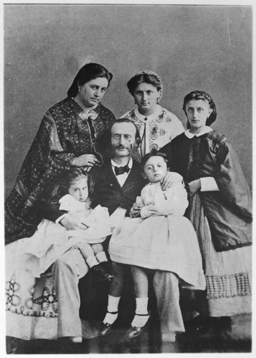 Jacques Offenbach surrounded by his wife and children.