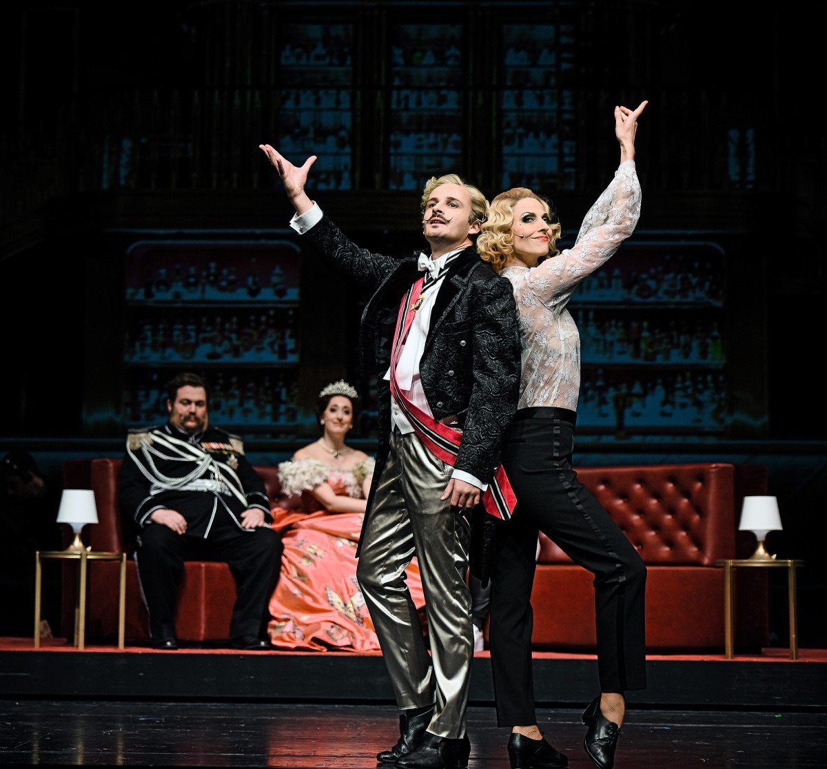 "Johannes Mayer and Nini-Stadlmann in ""Märchen im Grand-Hotel."" (Photo: Andreas Etter)"