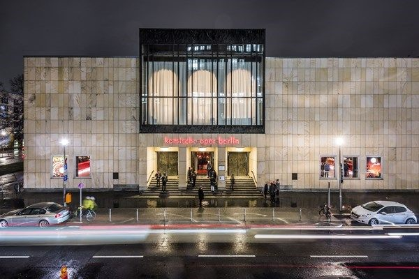 The Komische Oper in Berlin, main entrance. (Photo: Jan Windszus Photography)