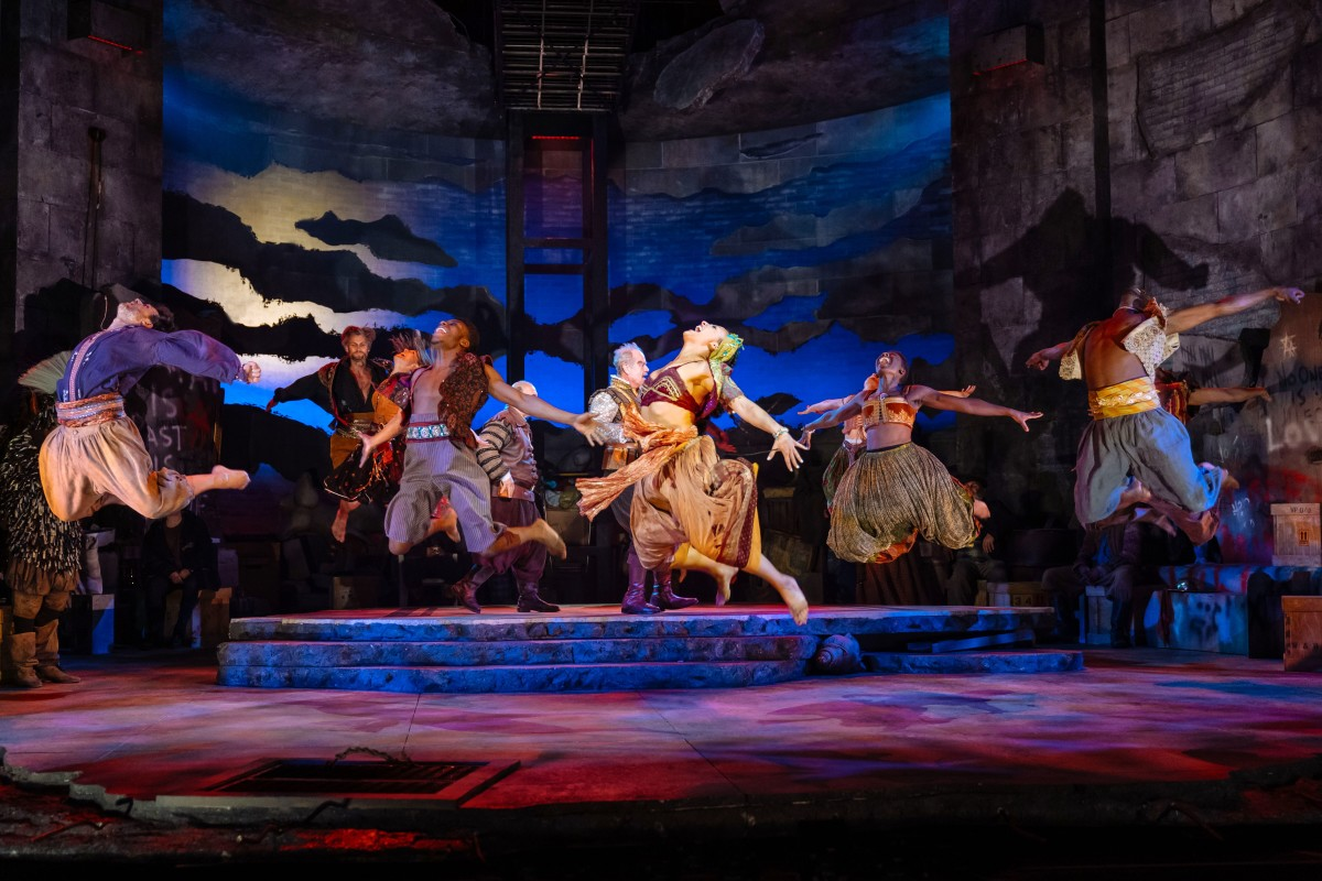 "The company of ""Man of La Mancha"" in the production by Lonny Price at ENO (Photo: Manuel Harlan)"