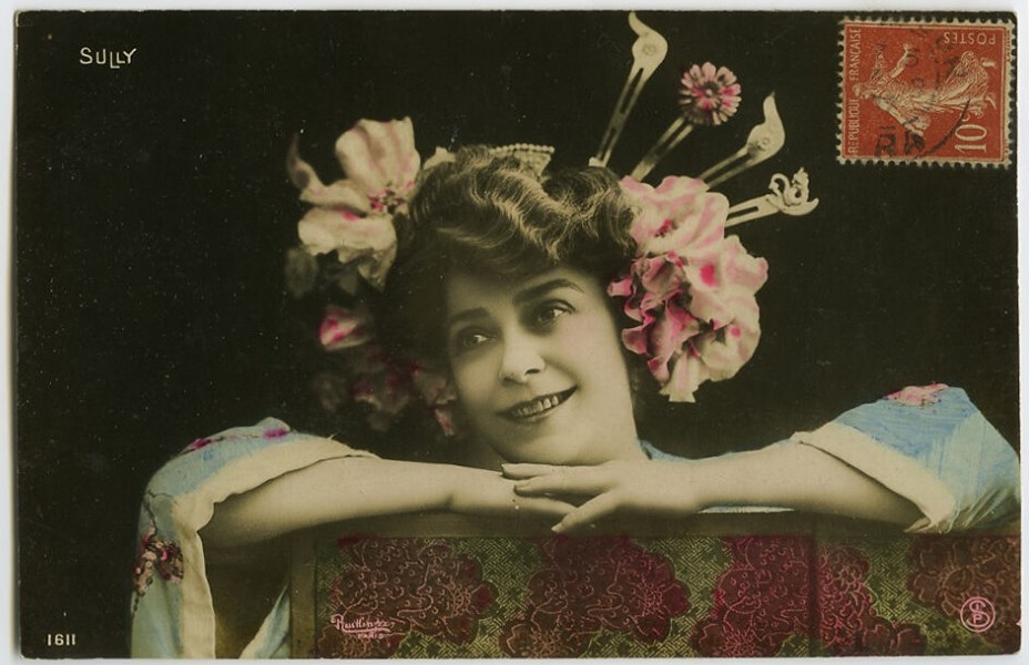 "A historical postcard showing Mariette Sully in a production of ""The Geisha."" (Photo: Kurt Gänzl Archive)"