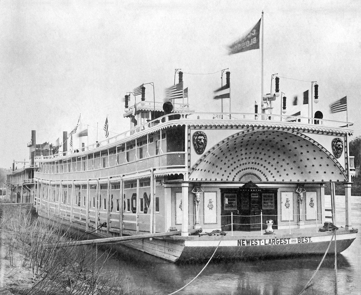"The ""Cotton Blossom"" showboat, built in 1908."